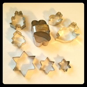 8x vintage metal cookie cutter star frog more